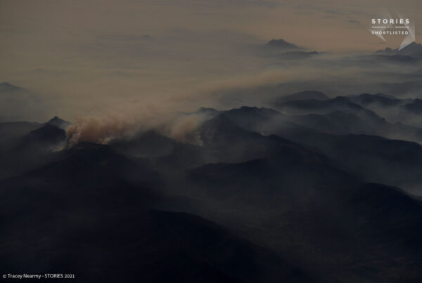 Mountain ranges feel the force of numerous bushfires as smoke blankets the landscape in haze, Northern NSW, Australia November 16, 2019. REUTERS/Tracey Nearmy